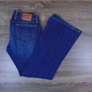 Lucky Brand womens button fly flare leg jeans 10